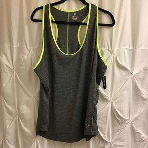 NEW Old navy Active semi fitted tee tank top xxl